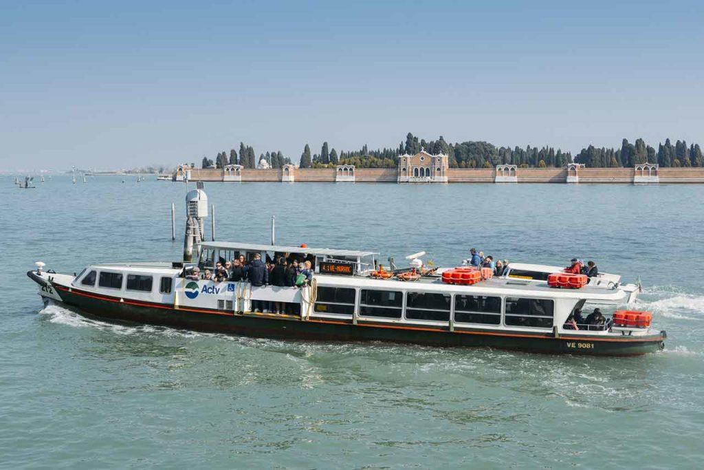 Öffentliche Verkehrsmittel in Venedig