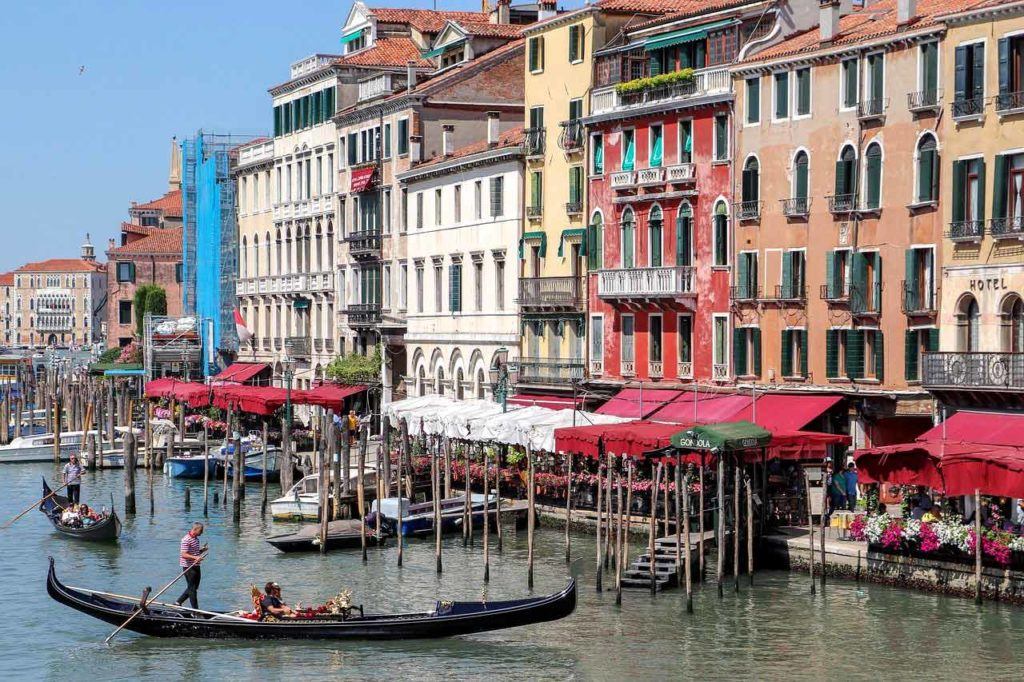 Die Rialtobrücke in Venedig - Besichtigung, Tipps und alle Infos